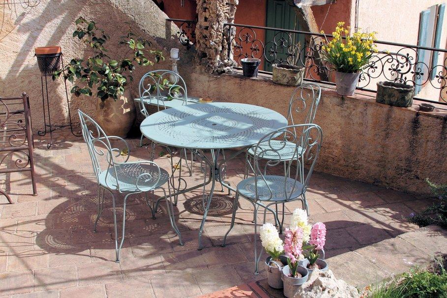 Quel mobilier de jardin pour la tendance printemps t 2014 for Meubles style provencal avec prix