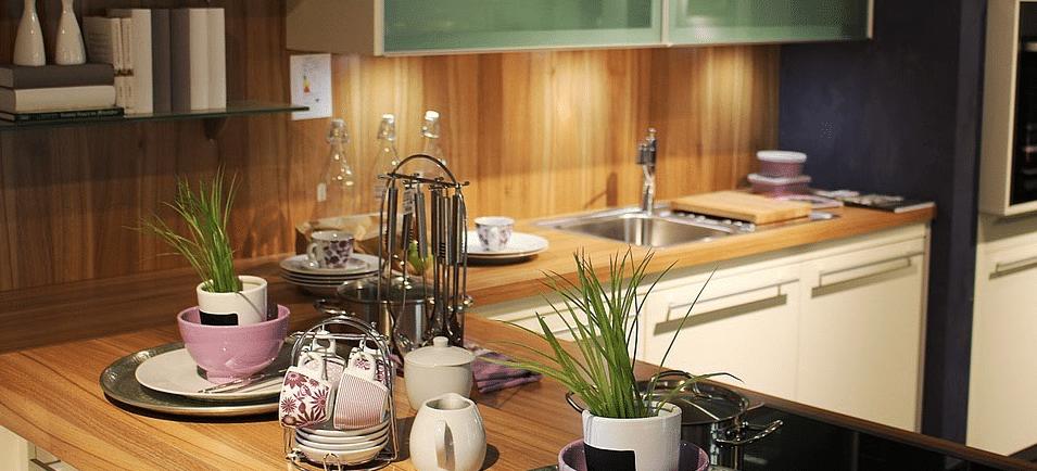 quelle cuisiniste choisir quelle couleur cuisine cuisine escale so coouc quelle lgant quelle. Black Bedroom Furniture Sets. Home Design Ideas
