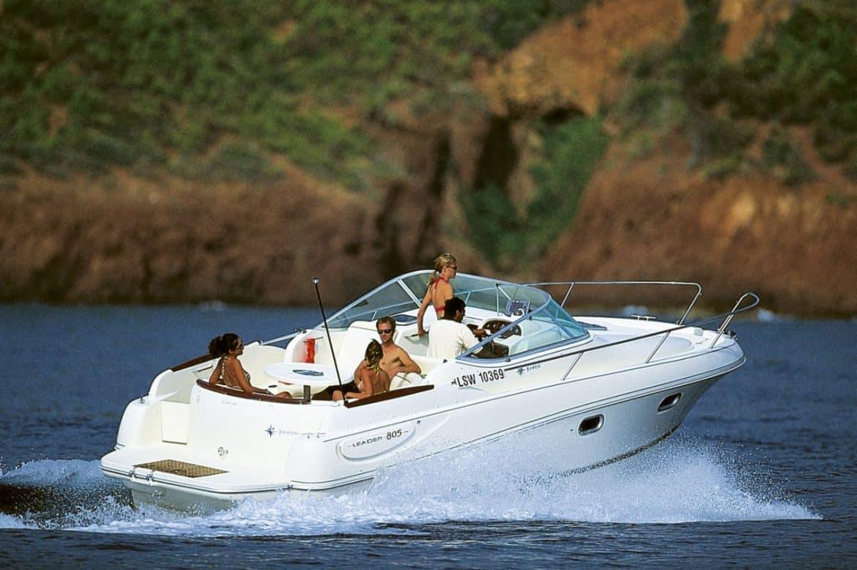 Une mise en vente bateaux JEANNEAU occasion chez CAPTAIN NASON'S GROUP
