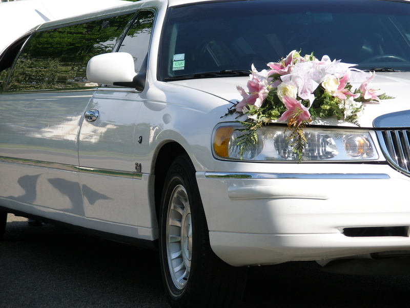 Comment avoir une belle limousine avec chauffeur sur le web ?