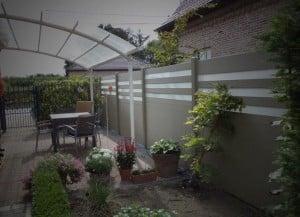 comment choisir la palissade qui prot gera son jardin. Black Bedroom Furniture Sets. Home Design Ideas