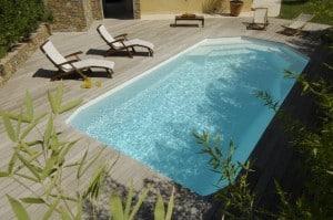 Osez la piscine coque polyester for Prix piscine coque posee