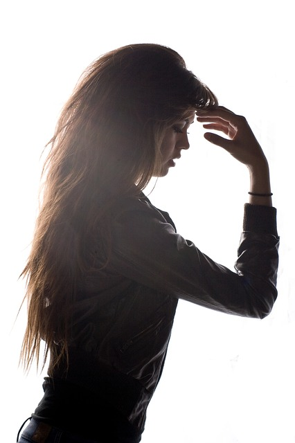 Cheveux fins : comment les coiffer efficacement ?