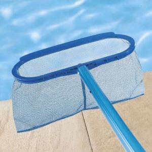 épuisette pour entretien de piscine