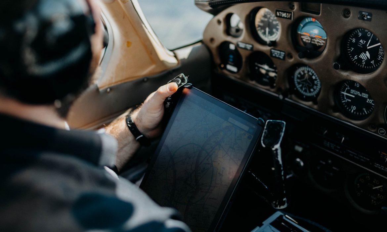 Pourquoi opter pour une solution d'inspection visuelle dans le secteur de l'aéronautique ?
