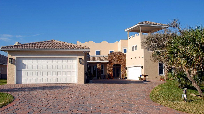 Transaction immobilière : les avantages de faire appel à une agence