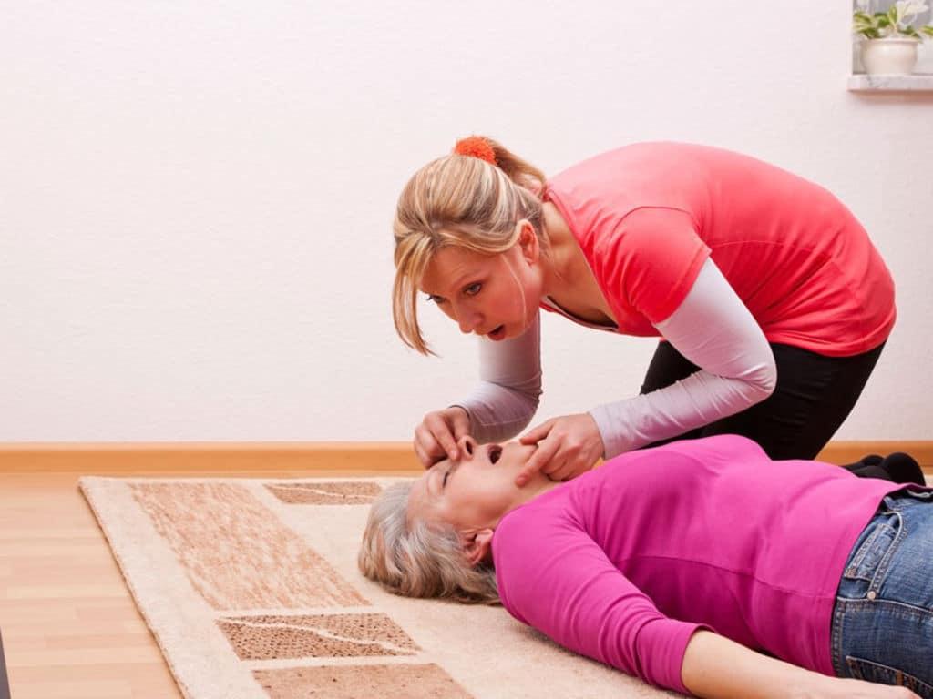 Arrêt cardiaque, causes, symptômes et préventions