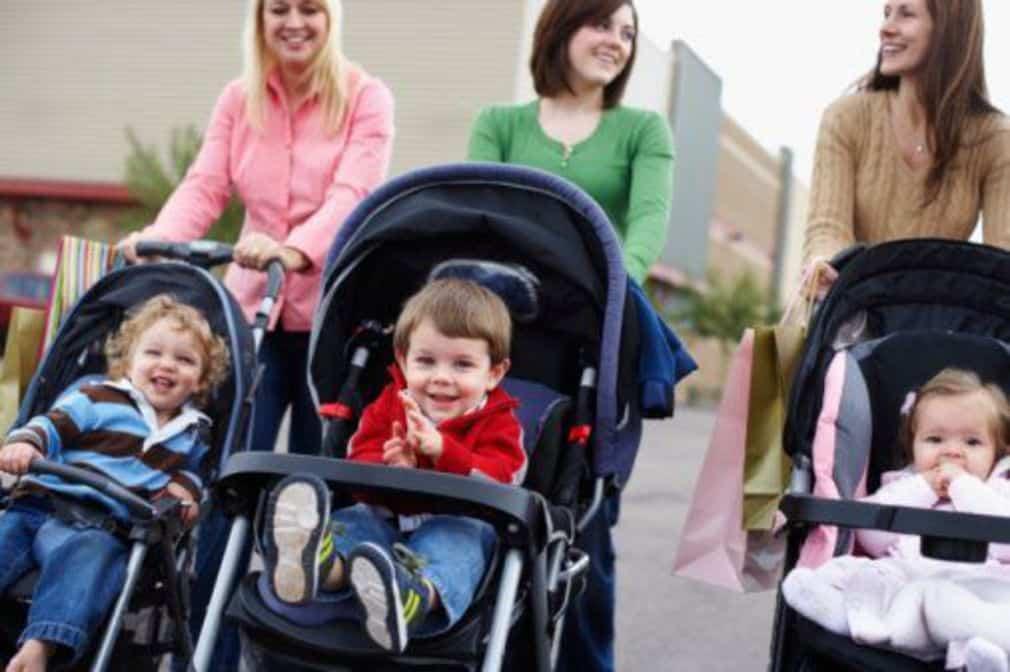 Une poussette pour bébé : Est-ce vraiment utile ?