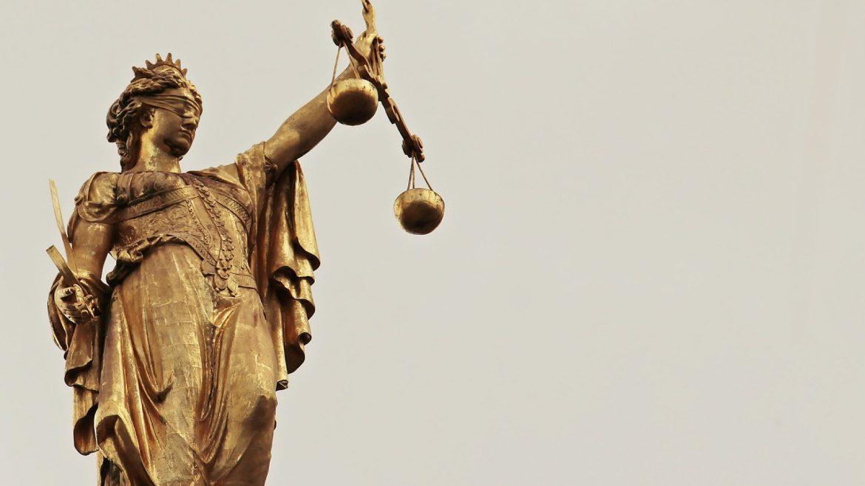 Huissier de justice : une pièce essentielle de la société française