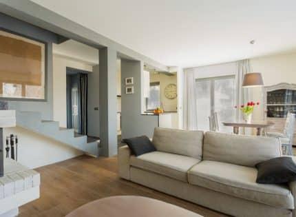 Comment changer la décoration de son intérieur avec une housse de canapé?