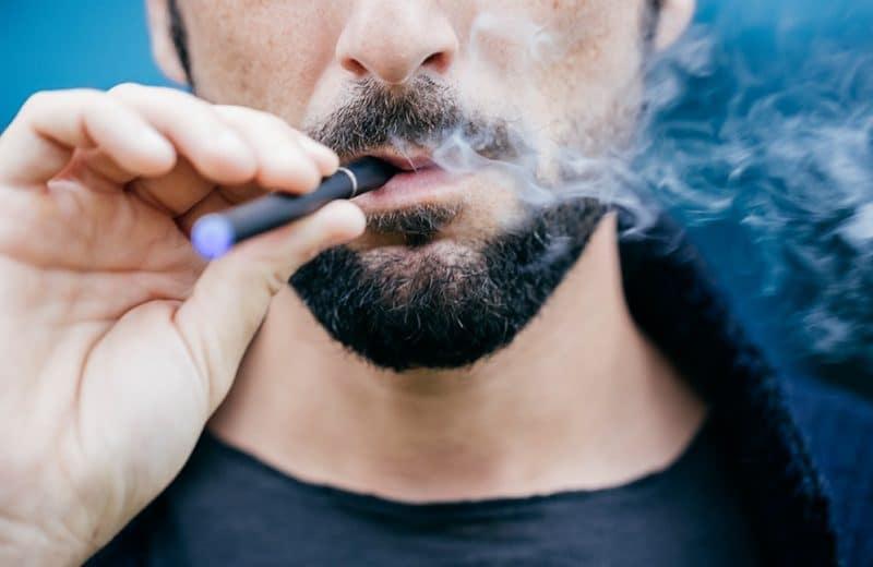Cigarette ou cigarette électronique?