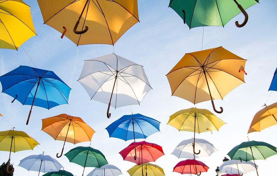 Parapluie: le tour d'horizon des différentes sortes de parapluies existants