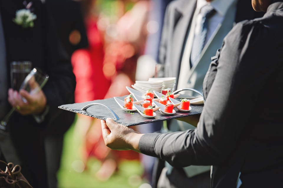 Mariage : comment reconnaître le bon traiteur ?